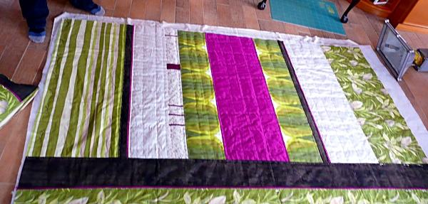 Decke in den Farben einer Orchidee